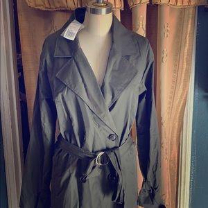 Brand new trench coat forever 21
